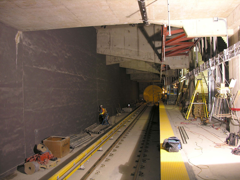 At platform level, looking south into the inbound tunnel.