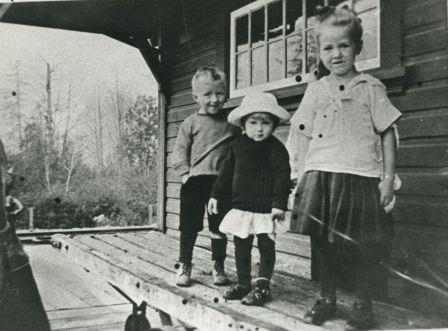 A 1917 photograph of John, Grace and Frances Louise Waplington at Sapperton Interurban station on the Burnaby Lake line. Some central Burnaby residents attended St. Mary's Anglican church in Sapperton. (Item 204-619 from the Mayor's Office fonds, courtesy of the City of Burnaby Archives.)