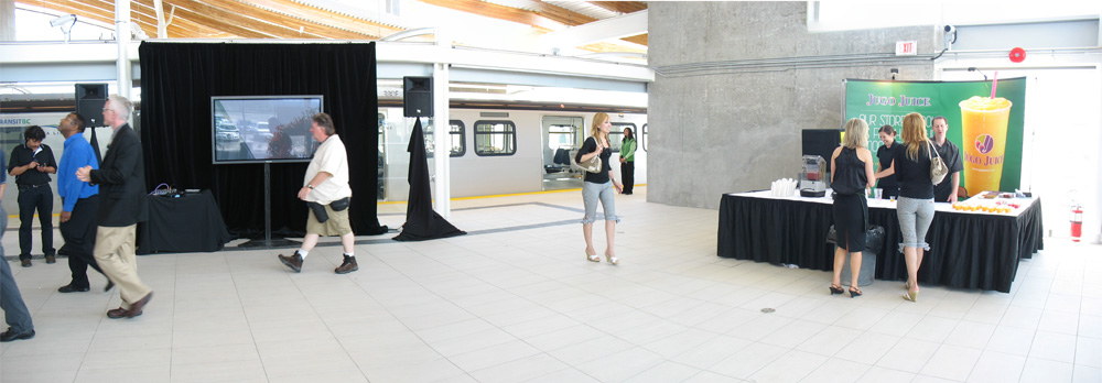 View of the platform just inside the north entrance. I don't think the TV and the Jugo Juice booth will be here during regular station operation :) It also looks like I duplicated the girl in the middle in this photo--sci-fi! Click for a larger version!