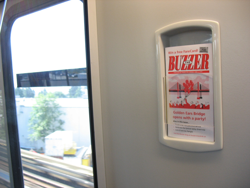 Very important: the new SkyTrain has Buzzer boxes :D