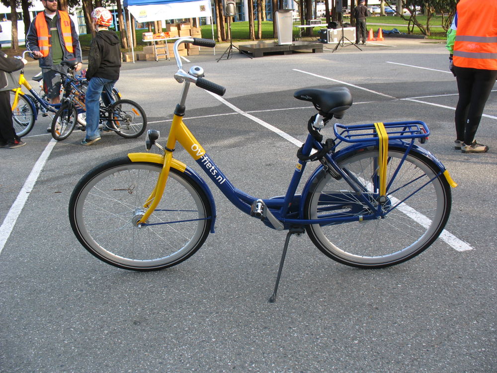 One of the 400 Dutch bikes sent from Holland to Richmond!