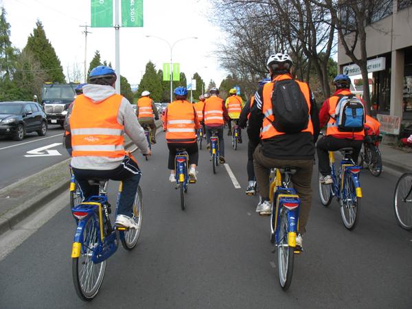 More cycling on Dutch bikes!