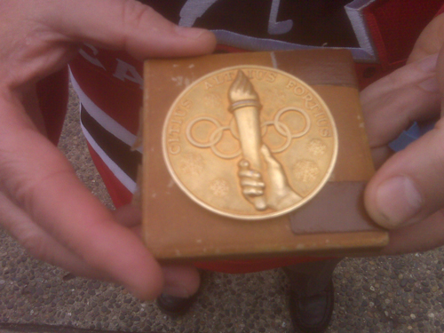 The back of the 1948 medal.