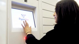 PigeoBox user touching the screen to receive an order